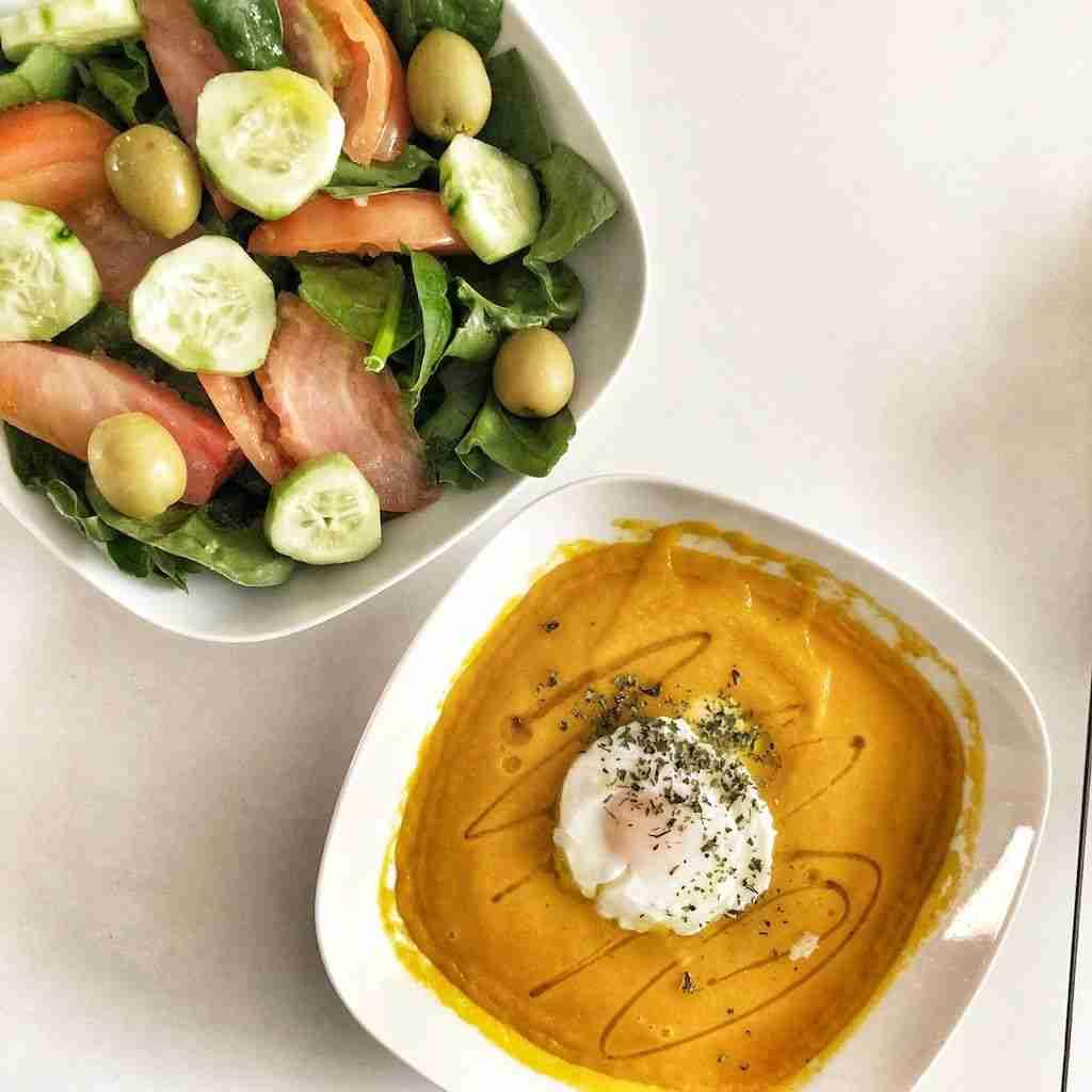 Cena Saludable #1 - Crema de zanahorias con huevos escalfados