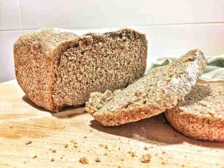 Pan integral de centeno con semillas
