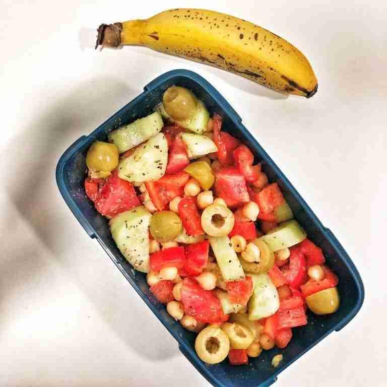Tupper de garbanzos con verduras
