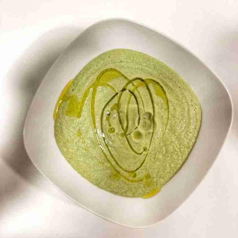 Crema de brócoli con champiñones