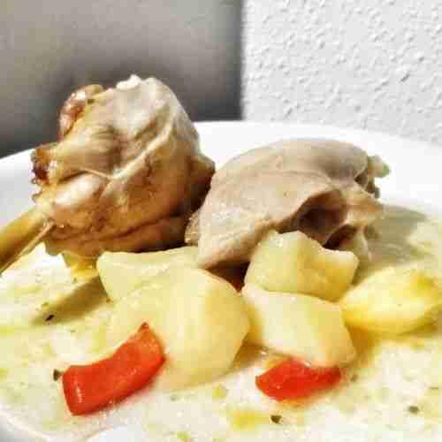 Guiso de pollo con patatas