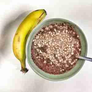 Leche con cacao, avena y plátano
