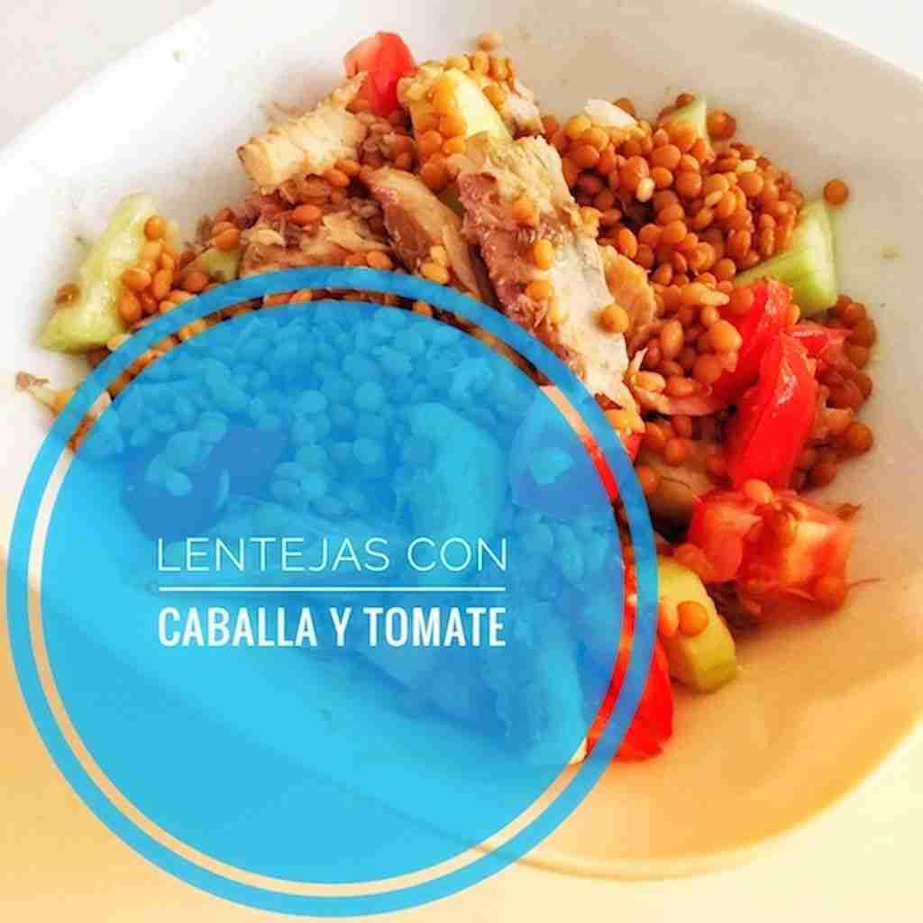 Meriendas saludables: lentejas con tomate natural y caballa