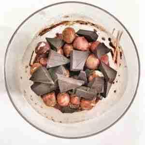 Pudding de chía con chocolate y avellanas